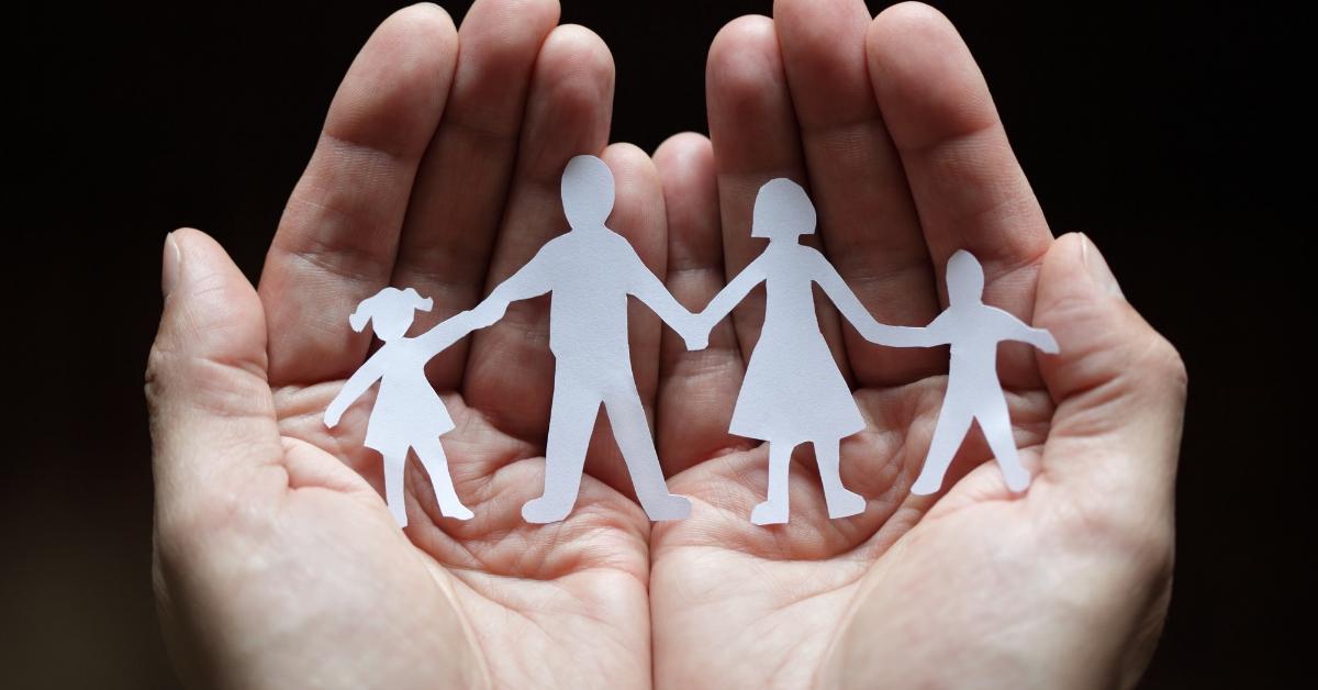 Familie im Blickpunkt - Verschiedene Sprecher